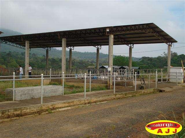 Você está imagens de: Cobertura Metálica para Alimentação e Free-Stall